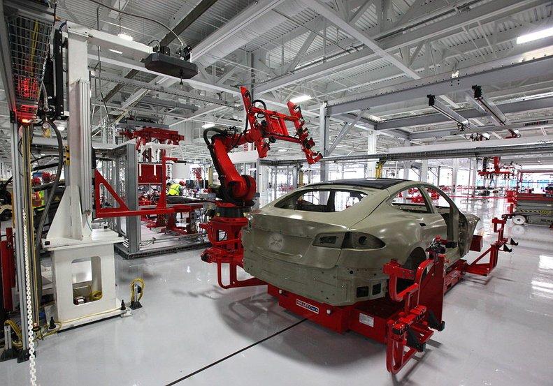 fabrika-roboti