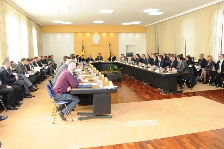 Kantonalni premijeri i ministri u Vladi FBiH