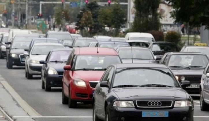 U BiH jednak broj zaposlenih i automobila