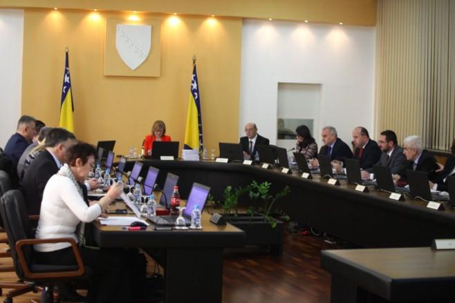 Vlada FBiH će morati isplatiti 175 miliona KM zbog tužbi radnika