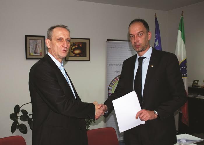 Ugovor sa DVV International
