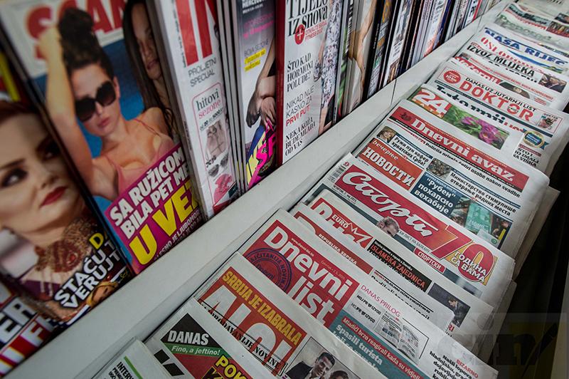 Građani u BiH se najviše informišu putem TV-a i interneta, novine se sve manje čitaju