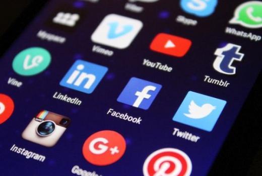 Facebook, YouTube, Microsoft i Twitter potpisali dogovor o uklanjanju govora mržnje