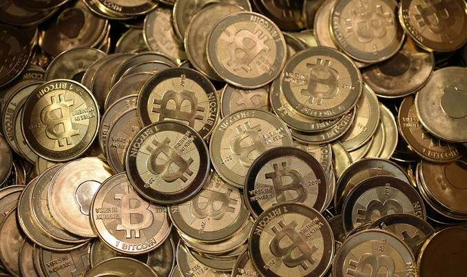 Jedan bitcoin vrijedi 691 dolar