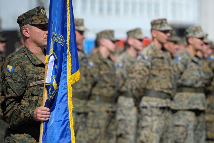 Vojnici odlaze zbog malih plata, vozila stara i nema rezervnih dijelova