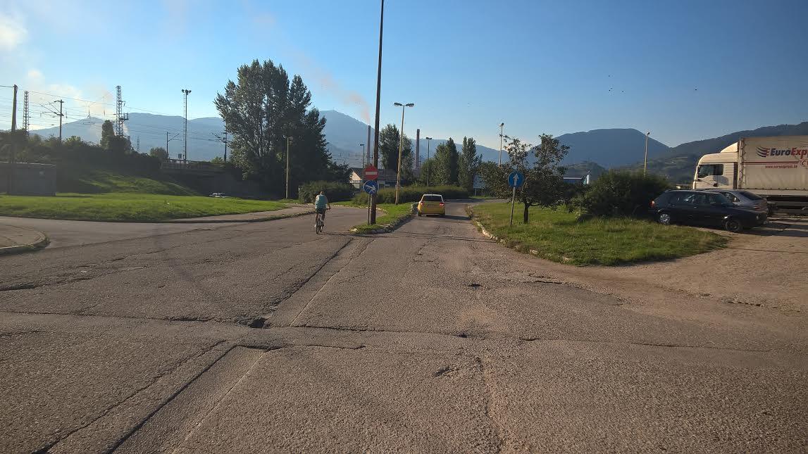 Almir Ćosićkić pokrenuo inicijativu za asfaltiranje ulaza za Blatušu