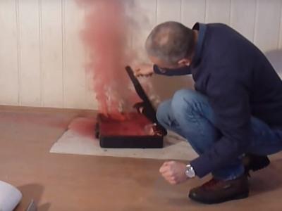Kako funkcionišu aktovke s dimnim bombama i bojom