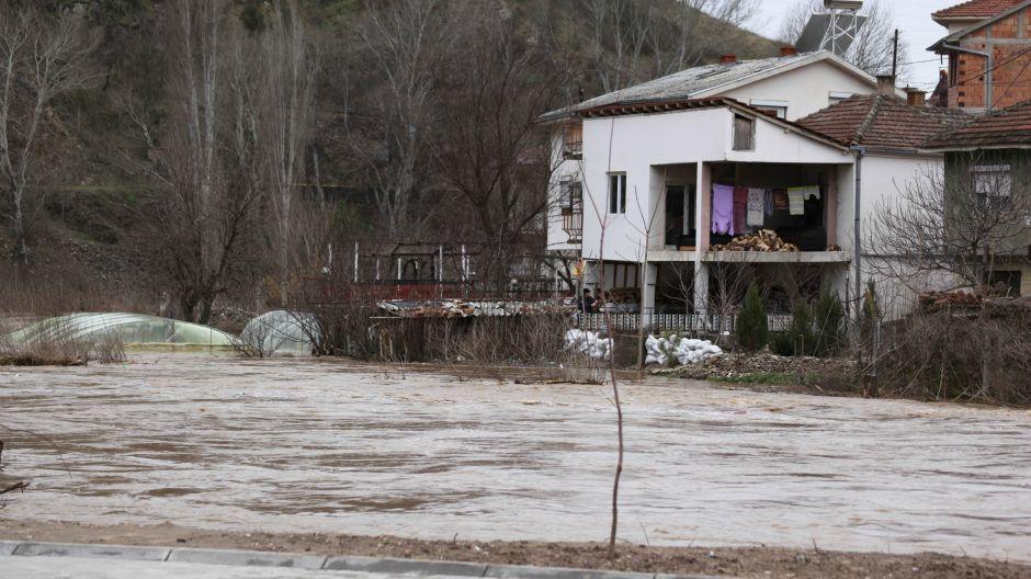 Pomoć građanima Makedonije ugroženim poplavama