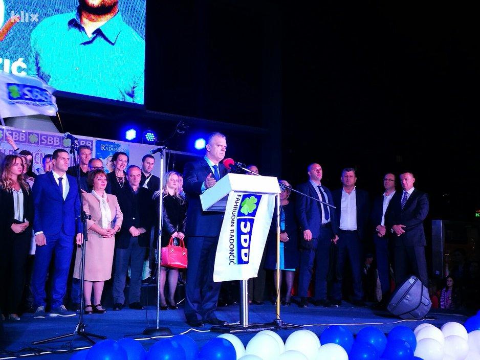 Održan predizborni skup SBB-a, Fahrudin Radončić obećao ekonomski napredak