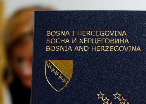 Za dvije godine ukinute vize za samo tri zemlje